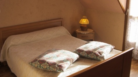 2-chambre2-pedarribes1-vierbordes-HautesPyrenees.jpg..jpg