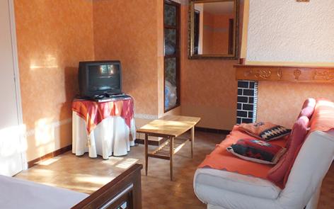 2-salon-lefrancois-ayzacost-HautesPyrenees-2.jpg