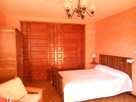 4-chambre2-lefrancois-ayzacost-HautesPyrenees.jpg