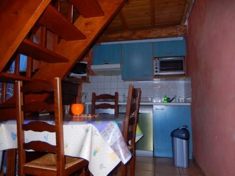 6-HPG145---Maison-mitoyenne-Le-Clos---kitchenette.jpg