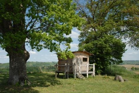 6-HPCH89---La-ferme-de-Tecouere---cabane.JPG