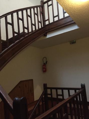 12-L-escaliersresidence-arnaud-gedre-HautesPyrenees.jpg