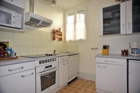 3-cuisine-appartementboyrie-argelesgazost-HautesPyrenees.jpg.JPG