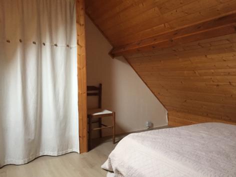 10-J-chambre5-blanc-gavarnie-HautesPyrenees.jpg
