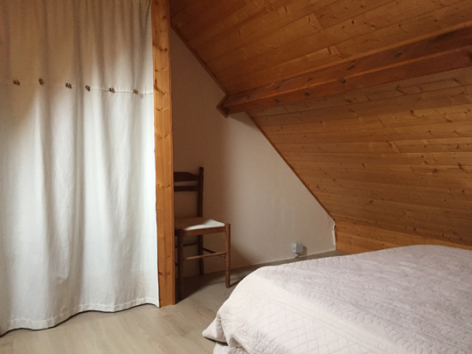 9-J-chambre5-blanc-gavarnie-HautesPyrenees.jpg