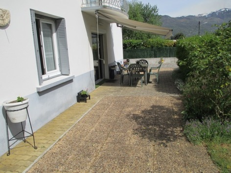 9-terrasse2-ayphassorho-argelesgazost-HaitesPyrenees.JPG