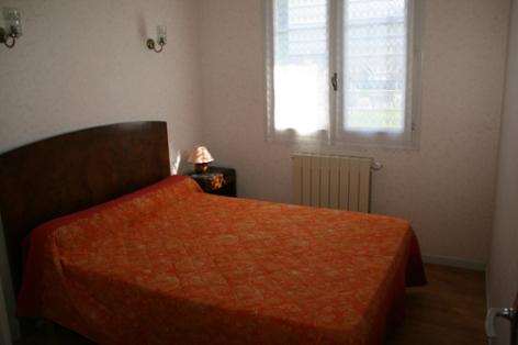 4-chambre1hautacam-abadiealbert-laubalagnas-HautesPyrenees.jpg