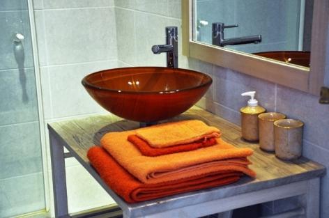 0-HPG133---Gite-Coco---salle-de-bain.jpg