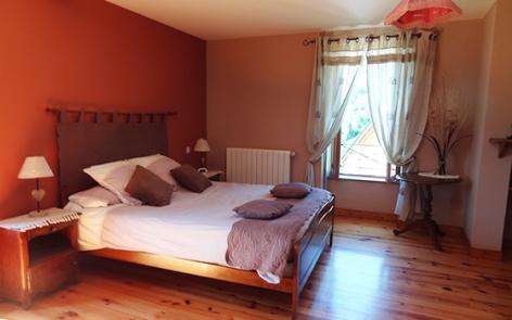 10-chambre3-jeansoule-arrasenlavedan-HautesPyrenees.jpg