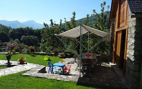 11-terrasse2-jeansoule-arrasenlavedan-HautesPyrenees.jpg
