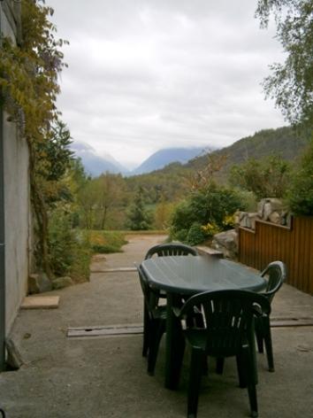 3-terrasse1-boniface-ouzous-HautesPyrenees.jpg