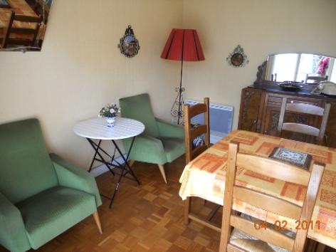 1-salon2-arribet-argelesgazost-Hautes-Pyrenees.jpg