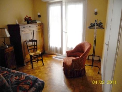 6-chambre2-arribet-argelesgazost-Hautes-Pyrenees.jpg