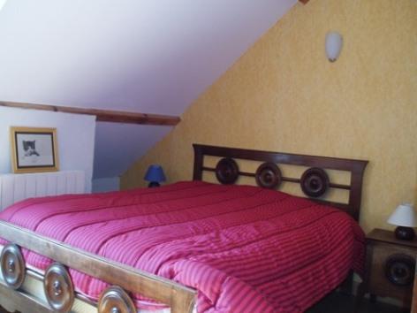 7-chambre3-martins-arcizansavant-HautesPyrenees.jpg..jpg