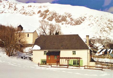10-HPG63---Maison-Mr-Lemercier---exterieur-hiver.jpg