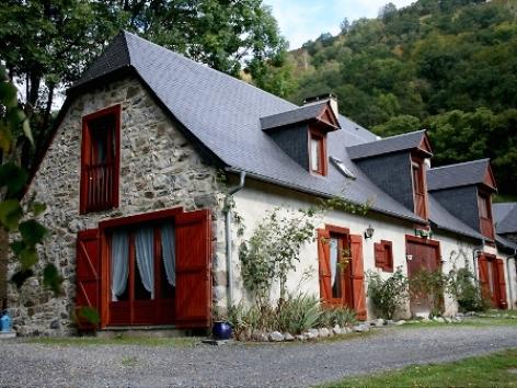 0-facade-leroymoulettes-ger-HautesPyrenees.jpg