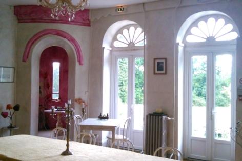 2-Chateau-Barbe-salle-de-reception-2.jpg