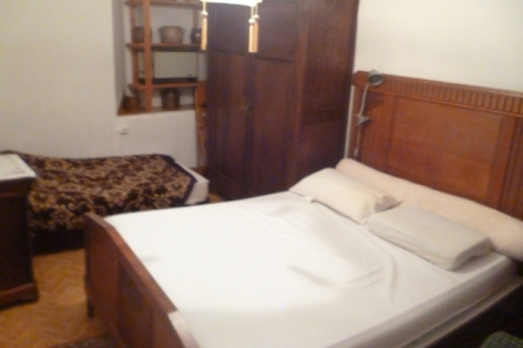 2-Albiges-chambre.jpg