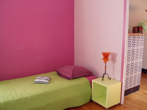 2-chambre2-chambred-hoteentrecouette-argelesgazost-HautesPyrenees.jpg