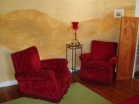 6-salon-chambred-hoteentrecouette-argelesgazost-HautesPyrenees.jpg