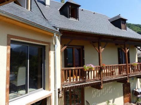 4-lasvignes-facade-beaucens-HautesPyrenees.jpg
