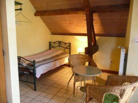 8-lasvignes-chambrelachouette2-beaucens-HautesPyrenees.jpg