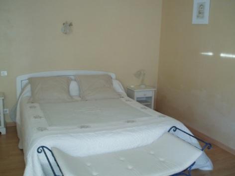 1-chambre1-chambred-hoteleberierot-ouzous-HautesPyrenees.jpg