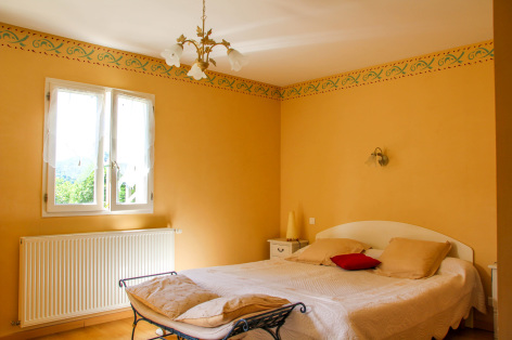 4-chambre3-leberierot-ouzous-HautesPyrenees.jpg
