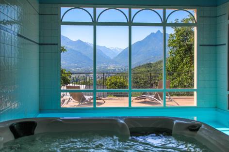 8-piscine3-leberierot-ouzous-HautesPyrenees.jpg