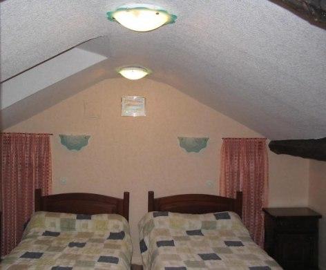 4-chambre-etage-3.jpg