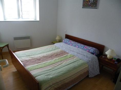 5-chambre1-robin-argelesgazost-HautesPyrenees.jpg.JPG
