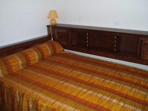 6-chambre2-baapuyoulet-saintsavin-HautesPyrenees.jpg