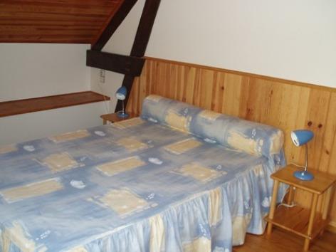 6-chambre3-baapuyoulet-saintsavin-HautesPyrenees.jpg