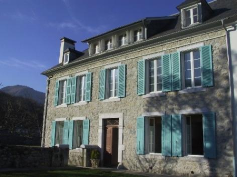 0-facade-vignesmarc5-laubalagnas-HautesPyrenees.jpg