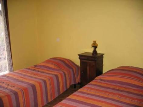 4-chambre1-senargous-beaucens-HautesPyrenees.jpg.JPG