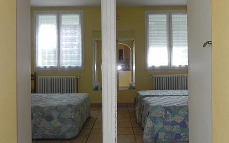 9-chambre-llodra-argelesgazost-HautesPyrenees.jpg