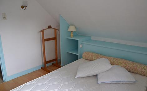 5-chambre-dubray-ouzous-HautesPyrenees.jpg