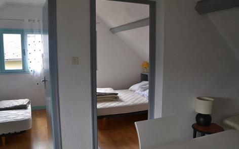 6-chambre2-dubray-ouzous-HautesPyrenees-2.jpg