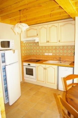 4-cuisine-vigneschaletbergons-ouzous-HautesPyrenees.jpg.JPG