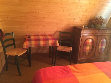 7-chambre2-faure-beaucens-HautesPyrenees.jpg