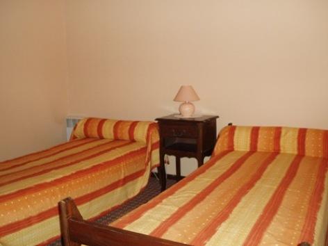 1-chambre1-faveau-argelesgazost-HautesPyrenees.jpg.JPG