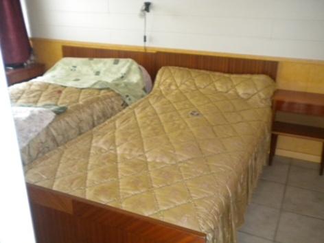 2-chambre-desse-argelesgazost-HautesPyrenees.jpg.JPG