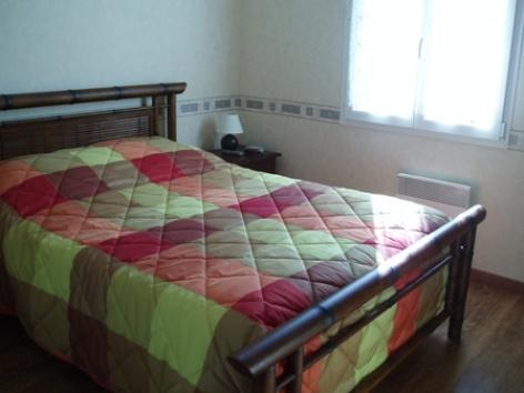 4-chambre-prouteau-laubalagnas-HautesPyrenees.jpg.JPG