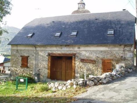 0-facade-aumassip-salles-HautesPyrenees.jpg