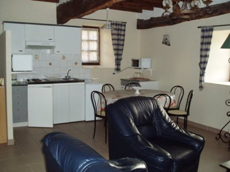 3-cuisine-aumassip-salles-HautesPyrenees.jpg