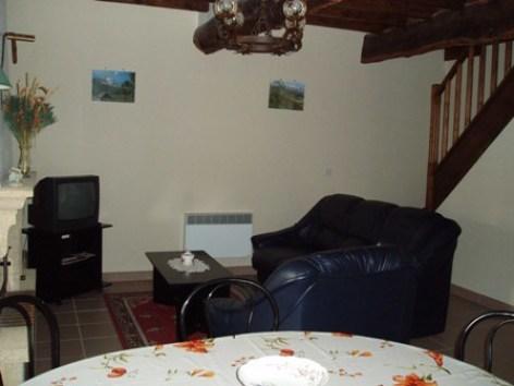 5-salon2-aumassip-salles-HautesPyrenees.jpg
