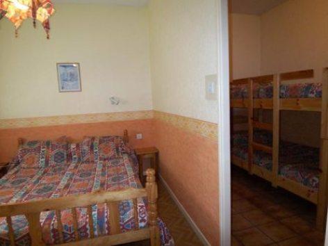 1-chambre-abbadiecapacite2-42etage-agosvidalos-HautesPyrenees.jpg.jpg