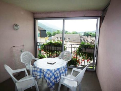 2-terrasse-abbadiecapacite2-42etage-agosvidalos-HautesPyrenees.jpg.jpg