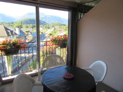 6-veranda2-abbadie-agosvidalos-HautesPyrenees.jpg