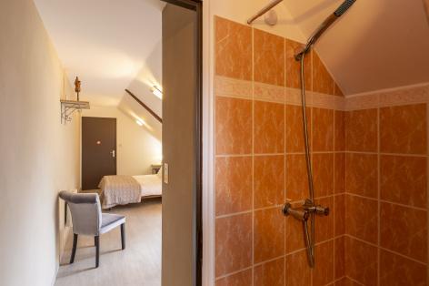 13-Lourdes-Bartres-chambres-d-hotes-La-Ferme-LAURENS--8--2.jpg